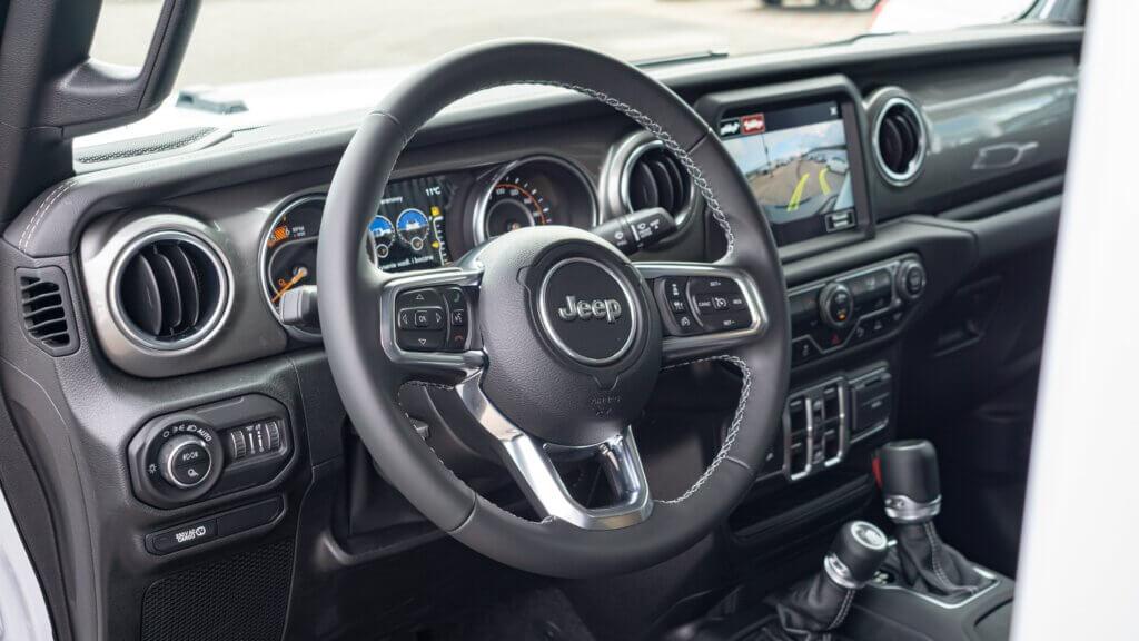 Wnętrze Jeep Gladiator