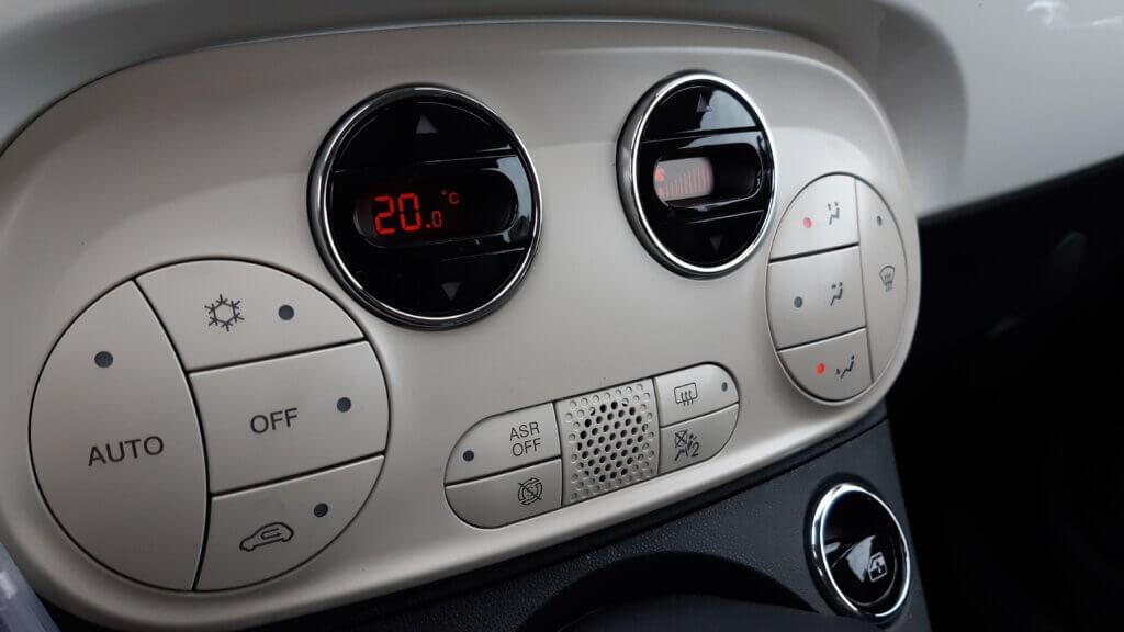 Fiat 500 - panel klimatyzacji