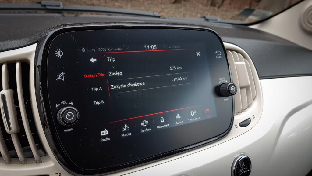 Fiat 500 - system Uconnect