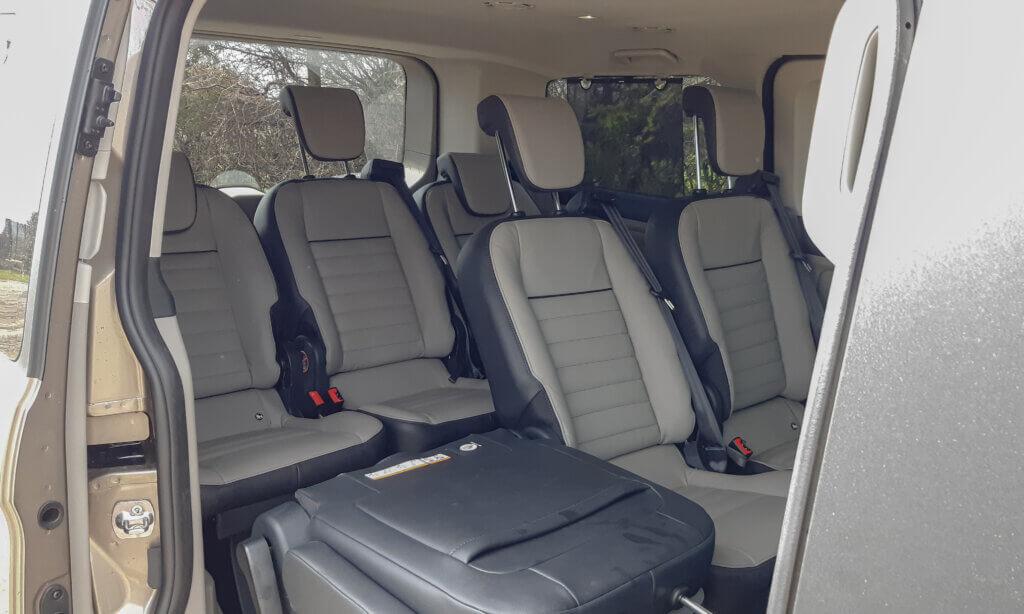 Ford Tourneo Custom - 2 rzędy siedzeń