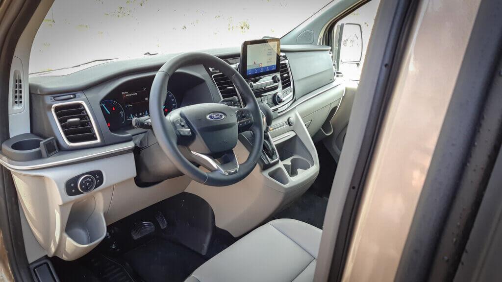 Ford Tourneo Custom - Wersja Titanium