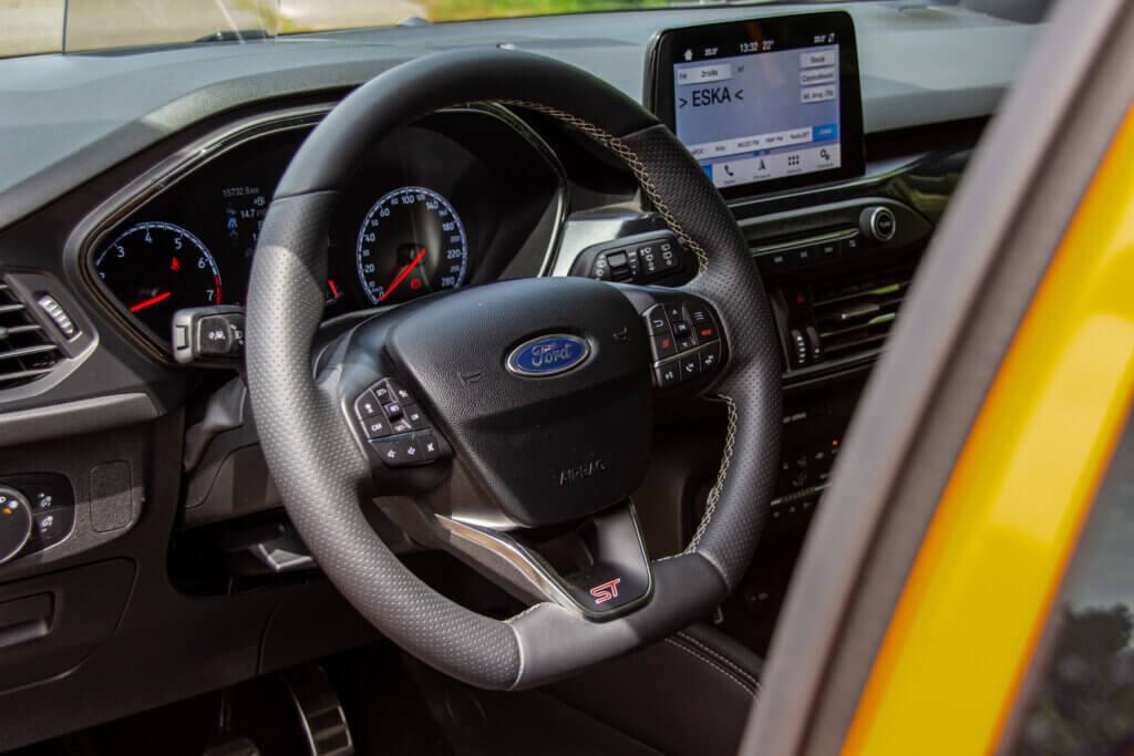 Wnętrze Ford Focus ST EcoBoost
