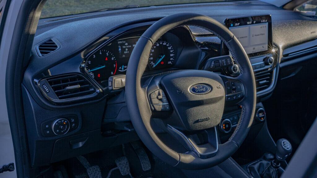 Wnętrze Forda Fiesta Titanium