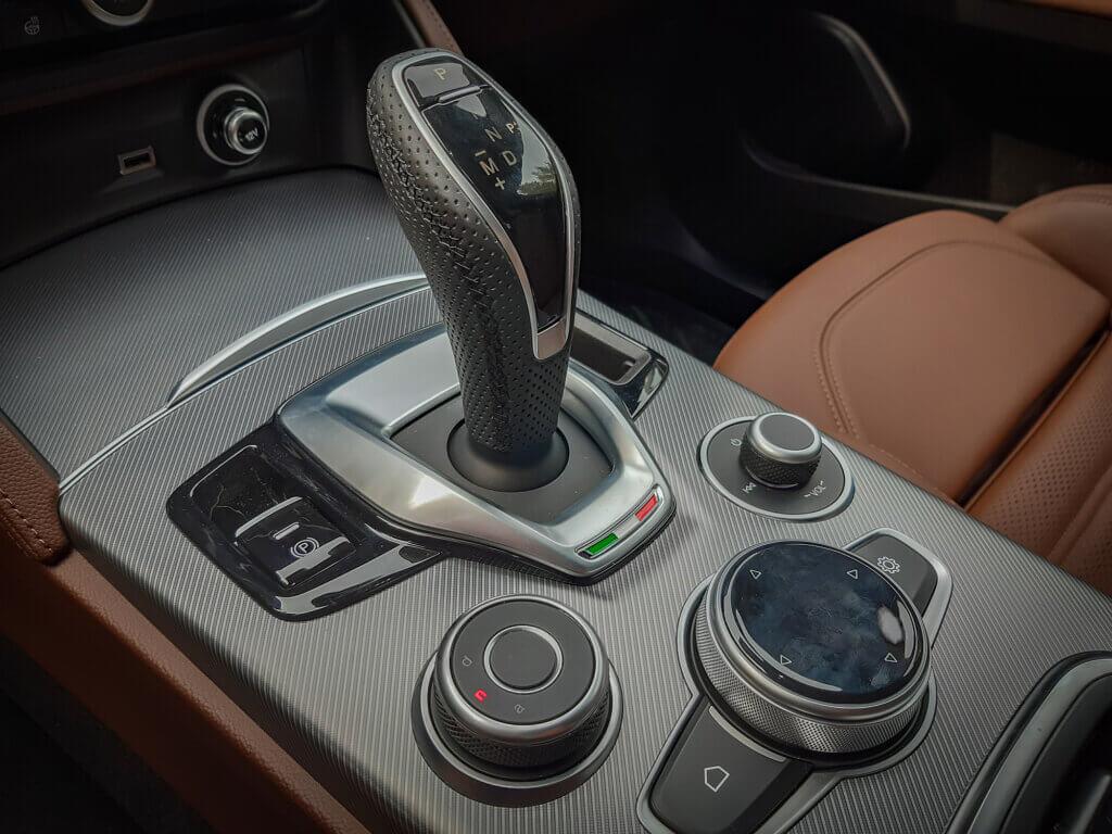 Alfa Romeo- System DNA