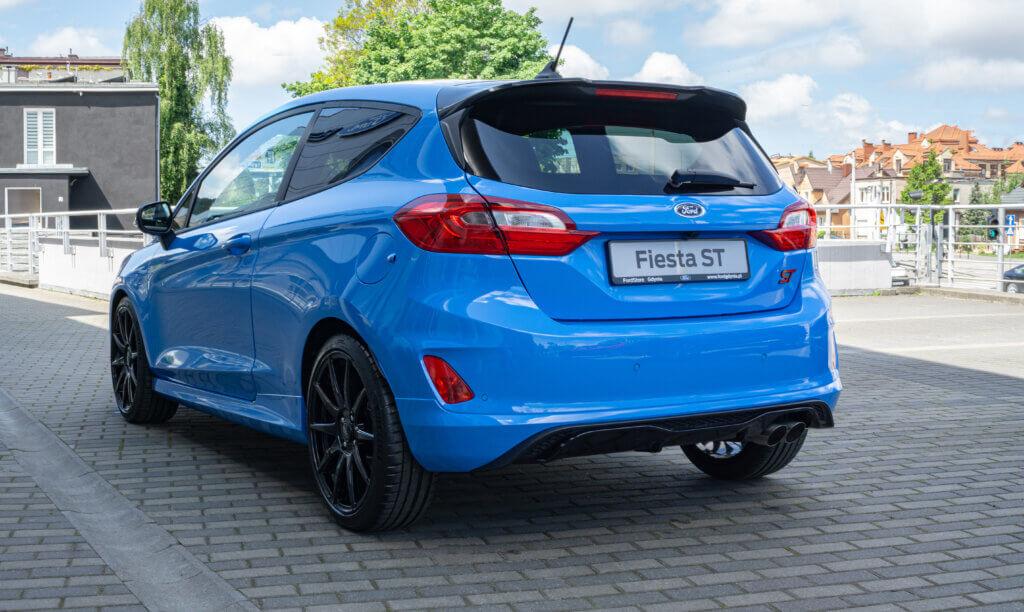 Tył Ford Fiesta ST Edition Azure Blue