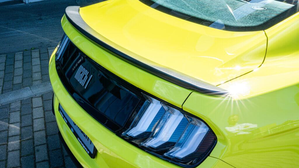 Ford Mustang Mach1 lotka spojler