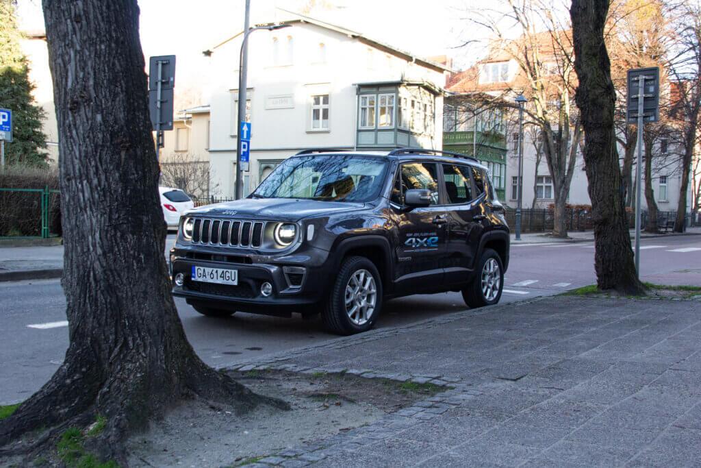 Jeep Renegade 4xe Limited przód