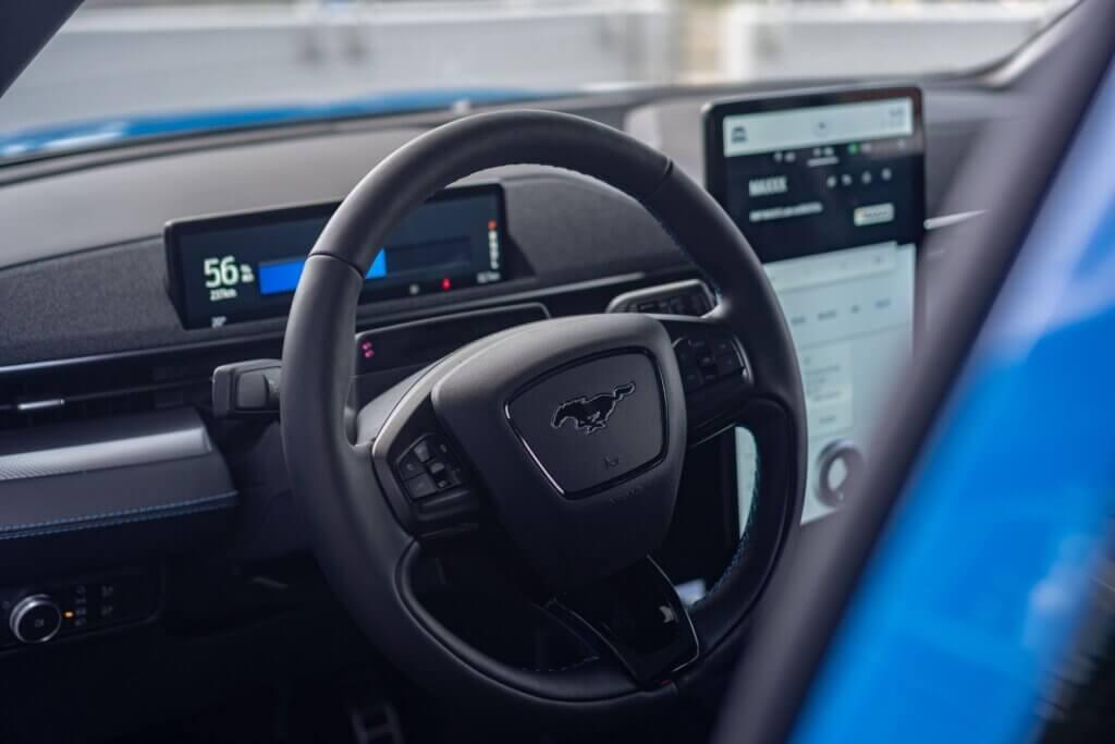 Wnętrze Forda Mustang Mach-E